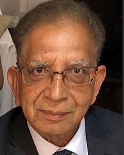recent headshot of Muhammad Nawaz